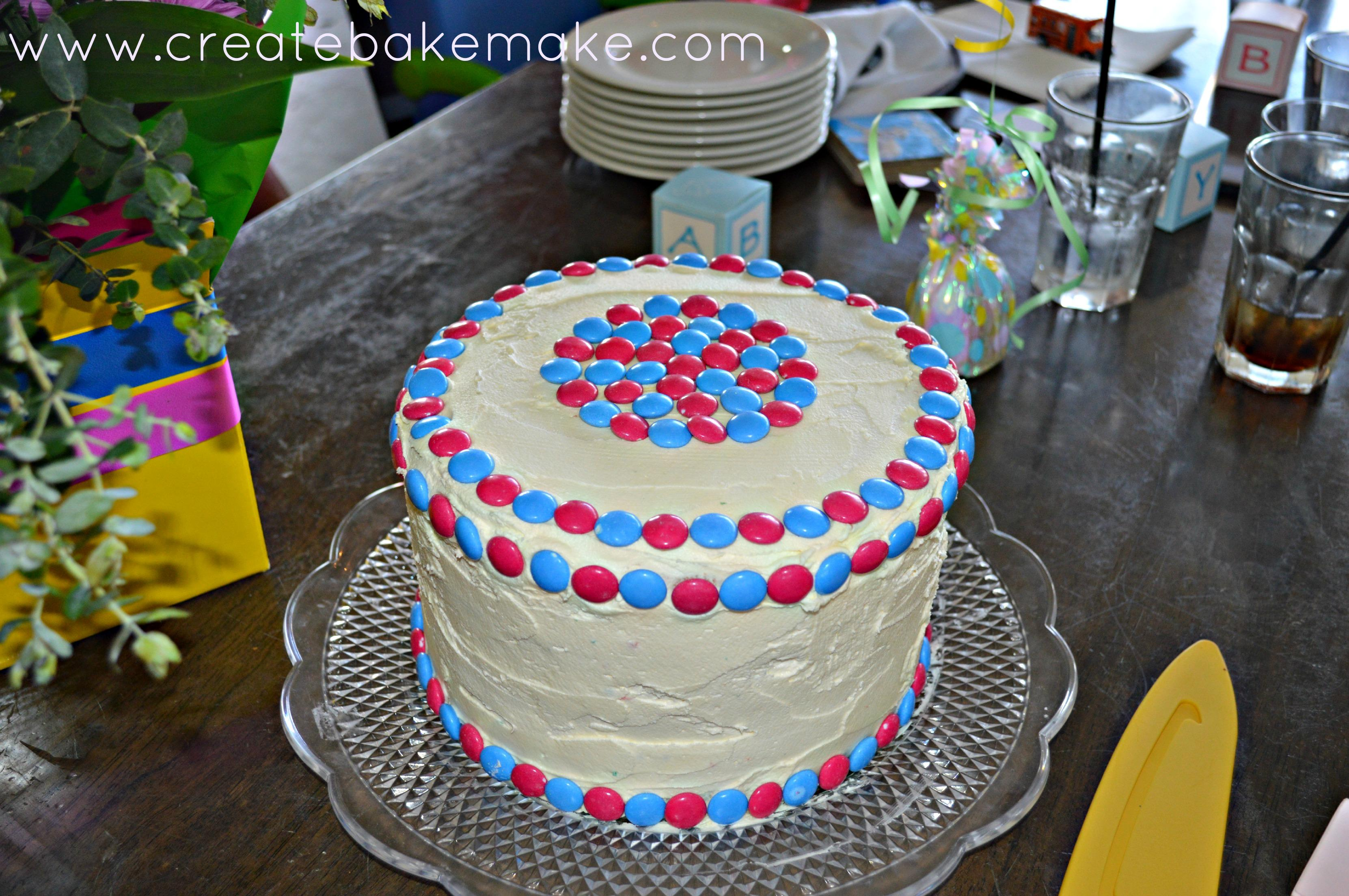Use Butter Knife To Decorate Outside Of Cake